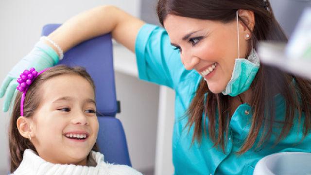 child-friendly dentist