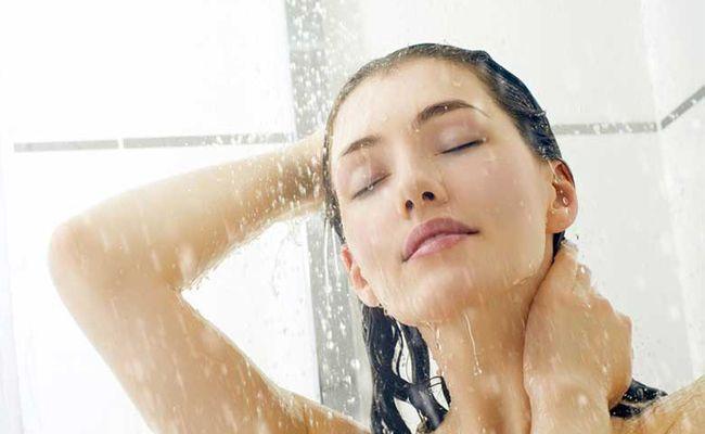 9967137_proper-haircare-shampoo-techniques_t7a28d122