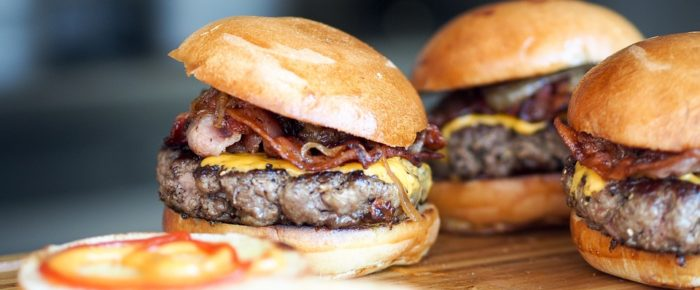 Five Countries With The Best-Tasting Burgers To Eat