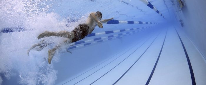 How Extreme Water Temperatures Affect The Swimmer's Health