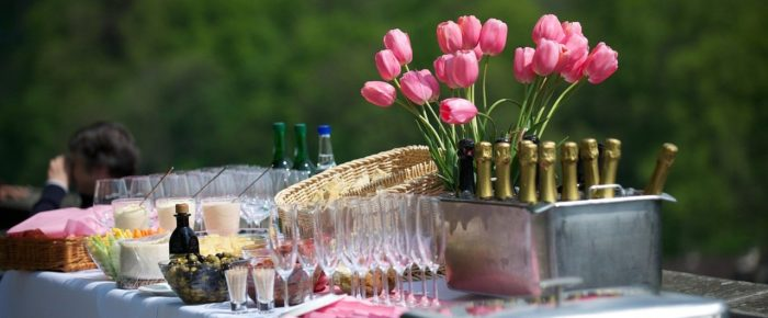 Planning An Outdoor Event, Here's A Complete Checklist For You